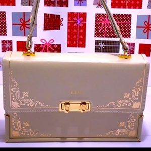 VTG Leather Guild Florence Messenger Bag